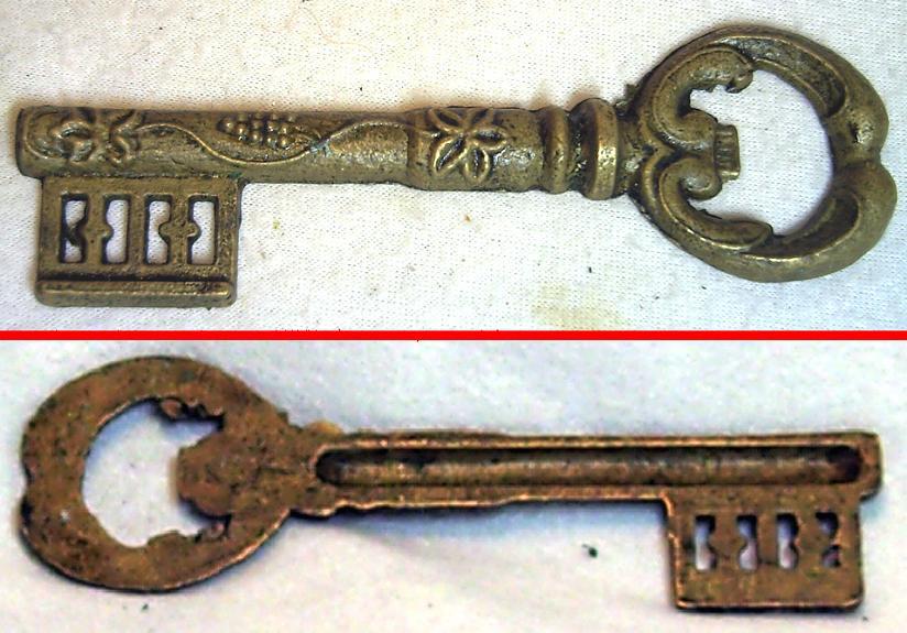 Antigua llave de hierro ms regalo - Llaves antiguas de puertas ...